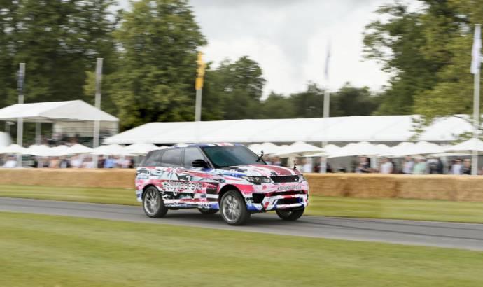 Range Rover Sport SVR runs on Goodwood Hill Climb