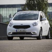 2015 Kia Venga unveiled ahead of Paris debut