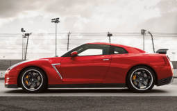 2015 Nissan GT-R Review