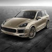 Porsche Cayenne S dressed by Porsche Exclusive