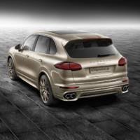 Porsche Cayenne S dressed by Porsche Exclusive