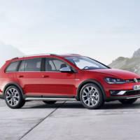 Volkswagen Golf Alltrack introduced ahead of Paris Motor Show