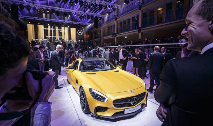Mercedes-AMG GT flex its muscles in Paris