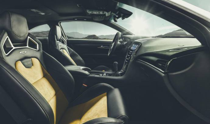 2015 Cadillac ATS-V unveiled in Los Angeles Motor Show