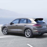2015 Porsche Cayenne GTS facelift has been officially unveiled