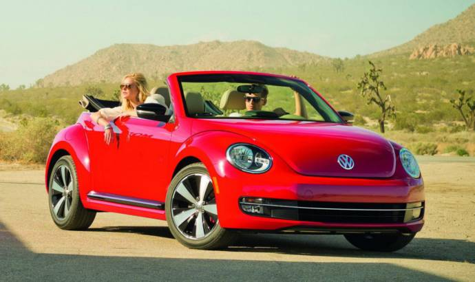2015 Volkswagen Beetle - New engines and updated technologies