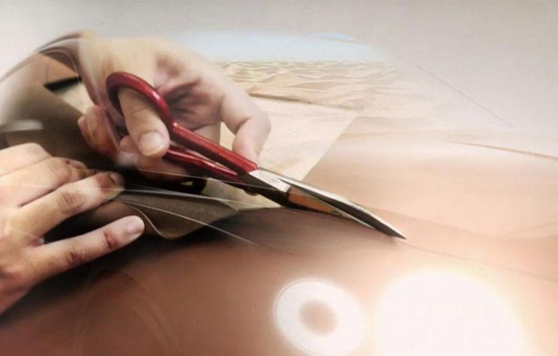Bentley SUV new teaser offers some design details