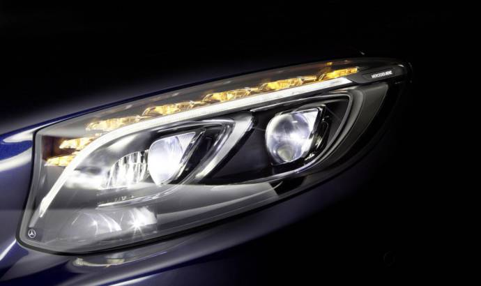 Mercedes introduces new LED technology