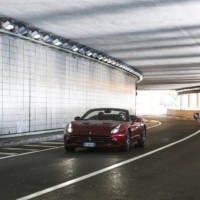 Ferrari California T reviewed by Raffaele De Simone (VIDEO)