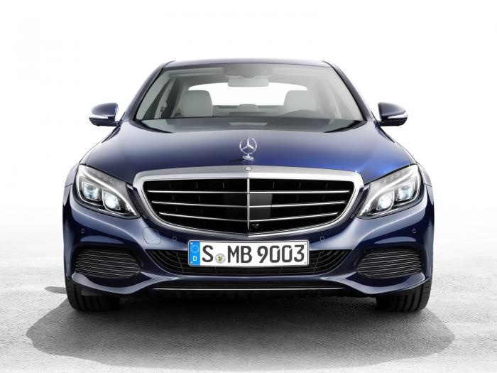 2014 Mercedes C400 is the more affordable solution to an S Class