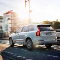 2015 Volvo XC90 T8 details emerge