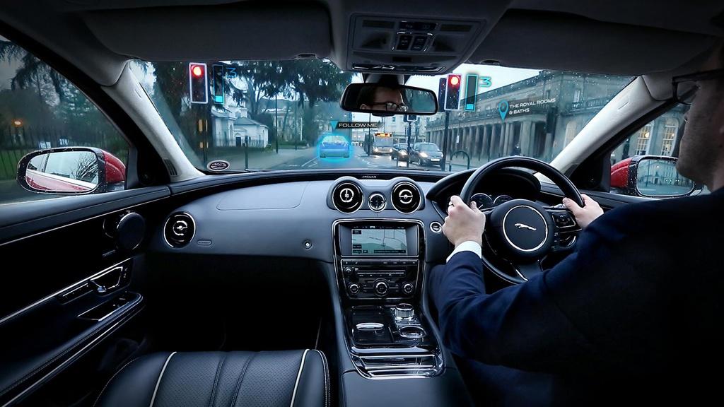 Jaguar and Land Rover introduce transparent front pillars