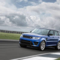 Range Rover Sport SVR on Rockingham circuit