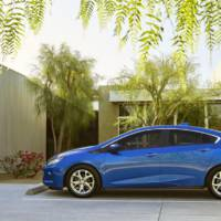 2016 Chevrolet Volt - Official pictures and details