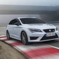 Seat Leon ST Cupra introduced ahead of Geneva debut