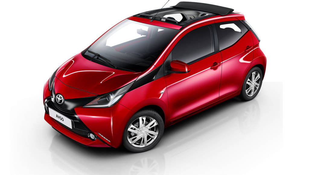 Toyota Aygo x-Wave introduced in UK
