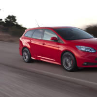 Ford Focus ST Wagon driven on circuit