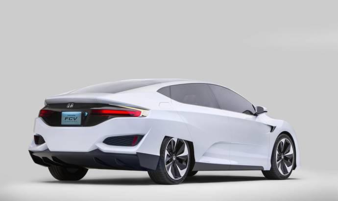 Honda FCV Clarity Concept revealed at NAIAS