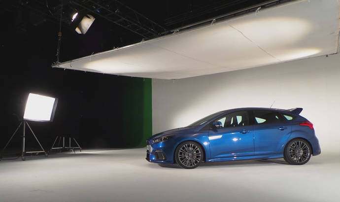 2015 Ford Focus RS unveiled with 315 hp