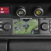 Porsche offering navigation for 911 classic models