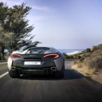 2015 McLaren 570S Coupe officially revealed