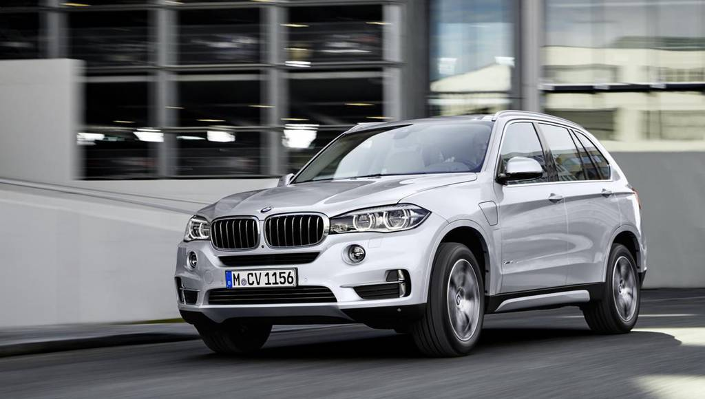 BMW X5 xDrive40e - First official video