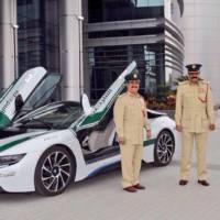 BMW i8 joins the Dubai police fleet