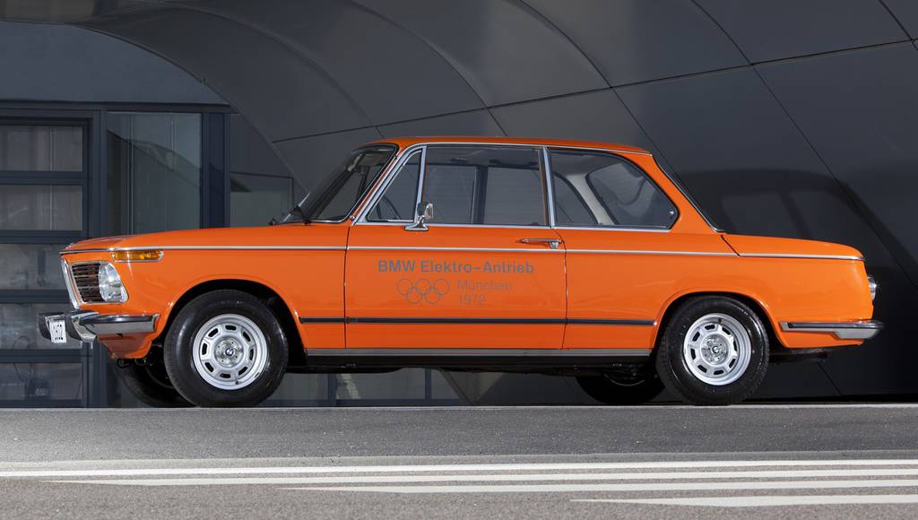 BMW shows its first electric vehicle, the 1602e