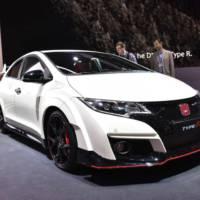 Geneva 2015 - Honda Civic Type R flexes its muscles