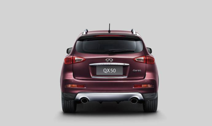 2016 Infiniti QX50 facelift detailed