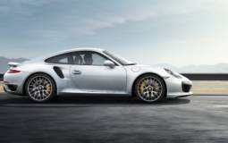 Porsche 911 Turbo S tested on track