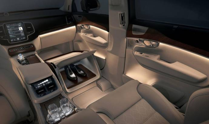 Volvo XC90 Lounge Concole Concept has only three seats