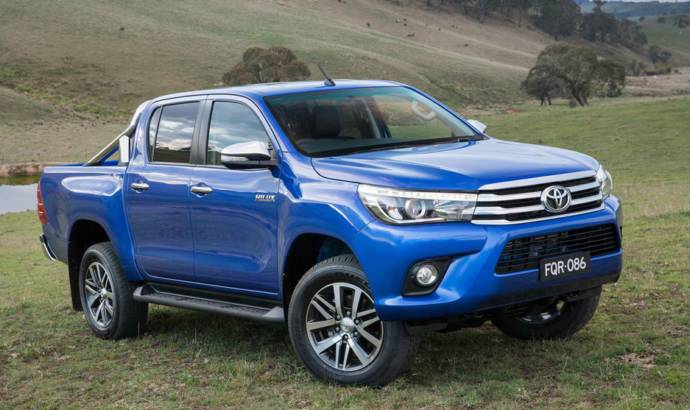 2016 Toyota Hilux officially unveiled
