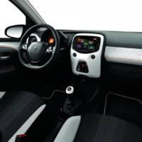 Peugeot 108 Roland Garros Edition unveiled