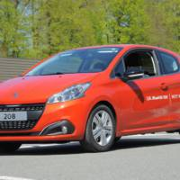 Peugeot 208 BlueHDI world record consumption figures
