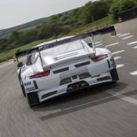 Porsche 911 GT3 R unveiled and ready for track