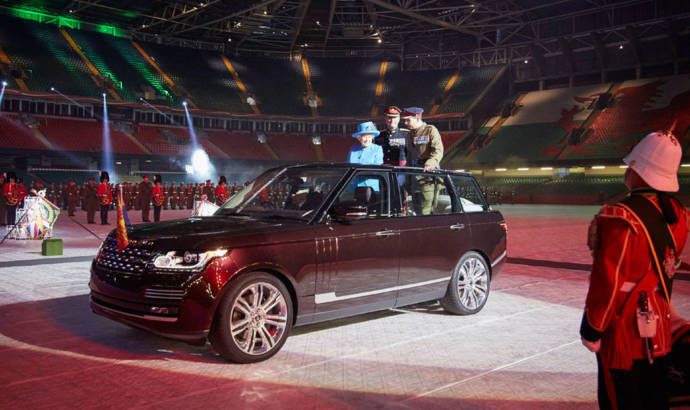 2015 Range Rover State Review unveiled for Queen Elisabeth II
