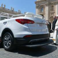 Hyundai Santa Fe Convertible is the new Pope mobile