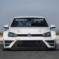 2016 Volkswagen Golf TCR - Official pictures and details