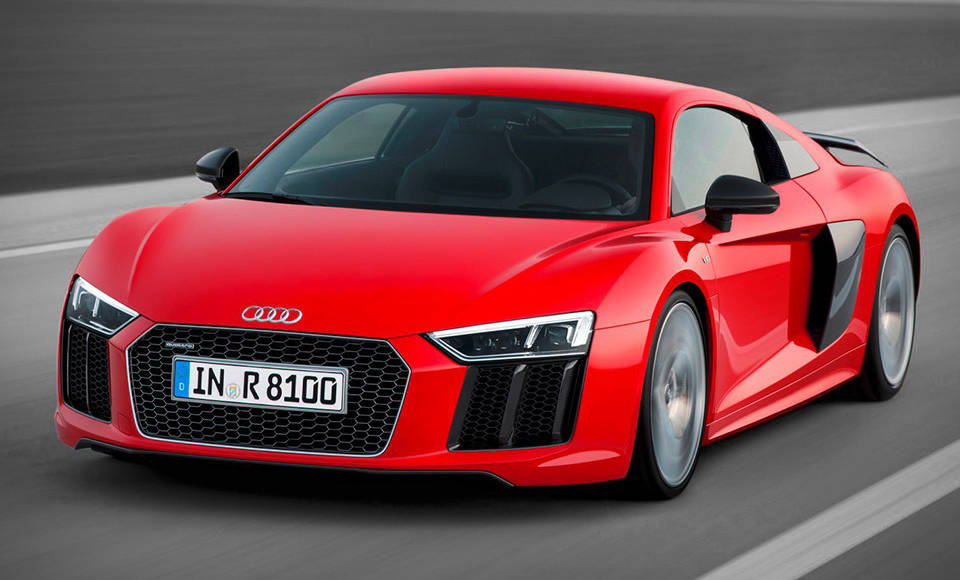 Audi R8 tested on track and on circuit