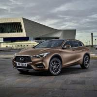 Infiniti Q30 production version unveiled
