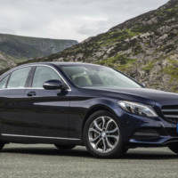Mercedes sets new half-year record sales