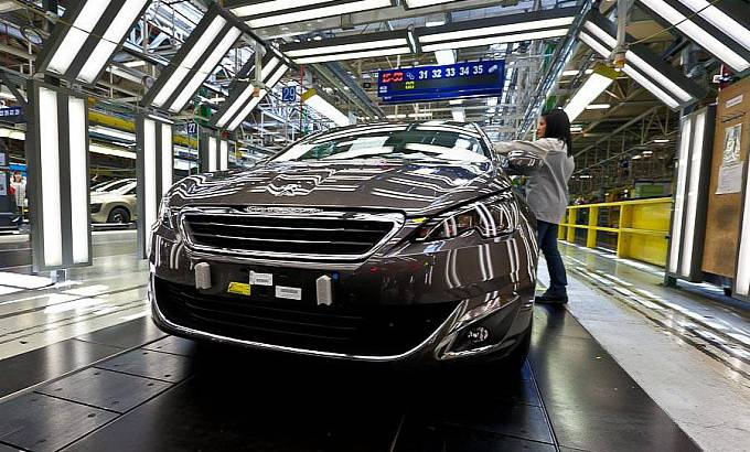 PSA Peugeot-Citroen sales in first half of 2015