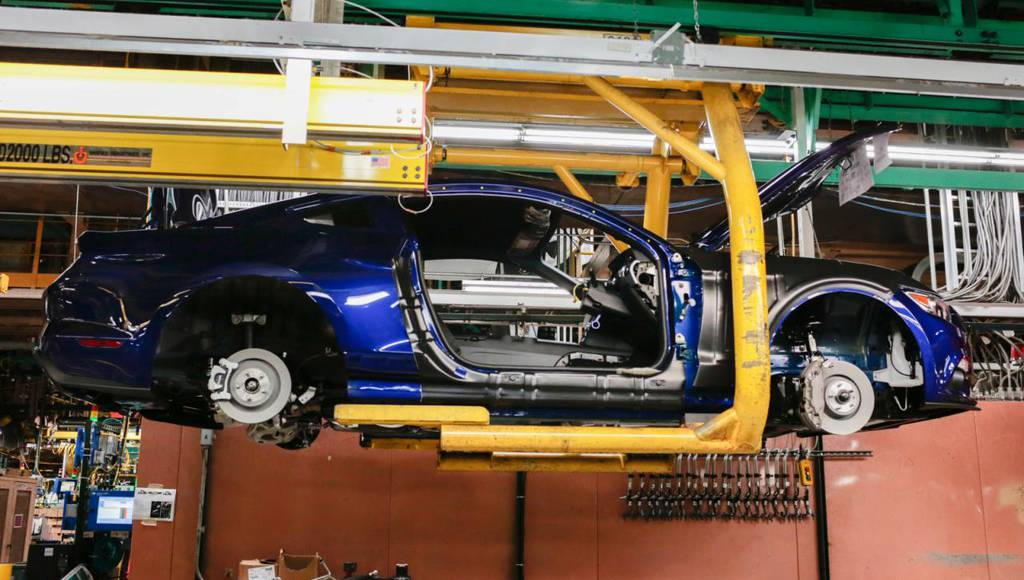 2016 RHD Ford Mustang production starts