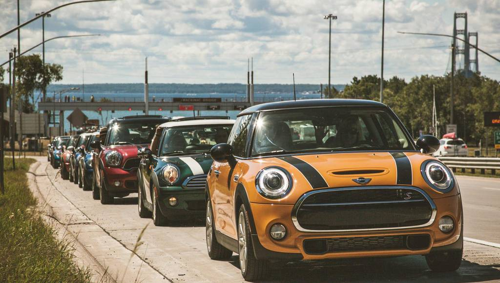 Largest parade of Mini cars in the US