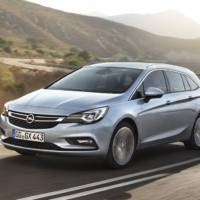 Opel Astra Sports Tourer officially revealed