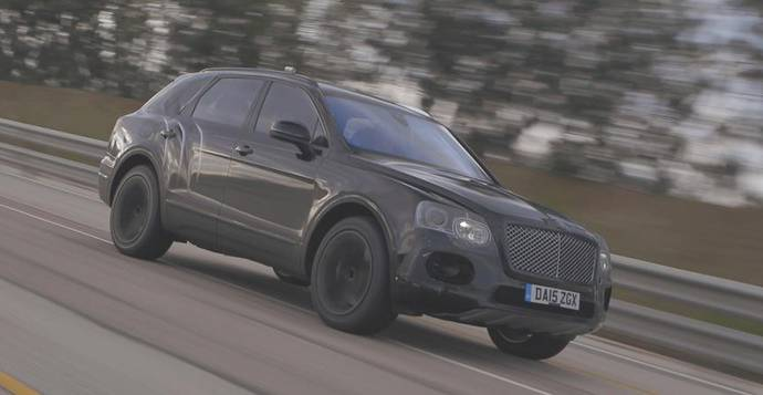 The 2016 Bentley Bentayga can do 301 km/h in the latest video