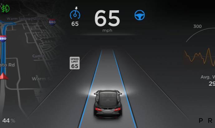 Tesla Model S receive Autopilot autonomous driving mode