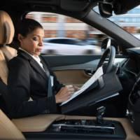 Volvo reveals the IntelliSafe Auto Pilot autonomous driving interface (+Video)