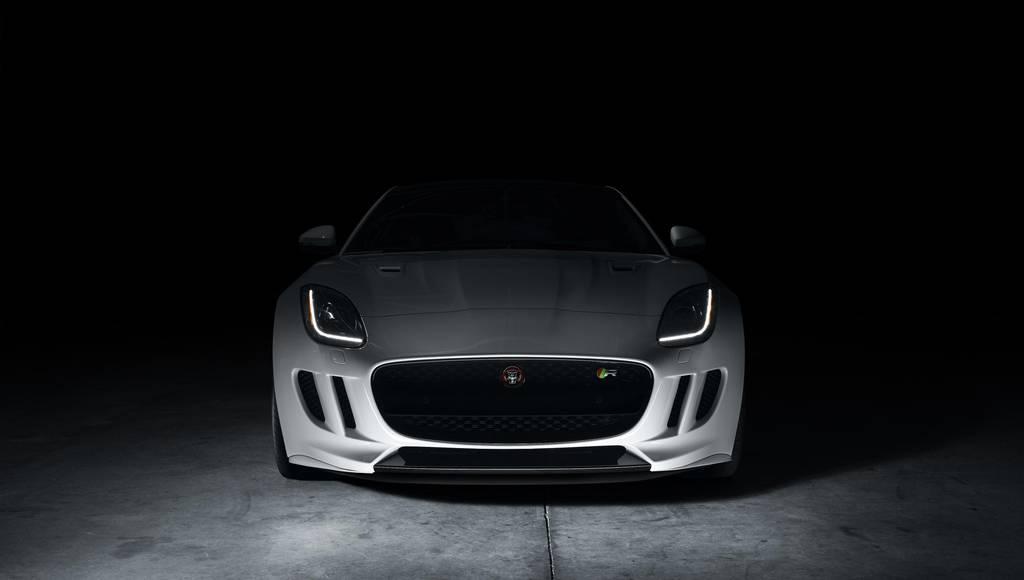 2017 Jaguar F-Type entry-level version announced